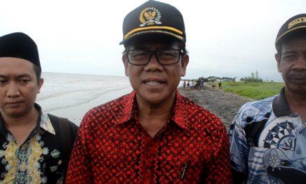Abrasi Pantai Parah, Yoseph Umarhadi Minta BBWS Cimancis Segera Turun Tangan